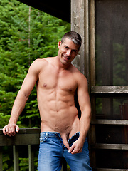 Hunk outdoor solo photo set