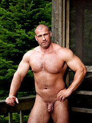 Bodybuilder naked